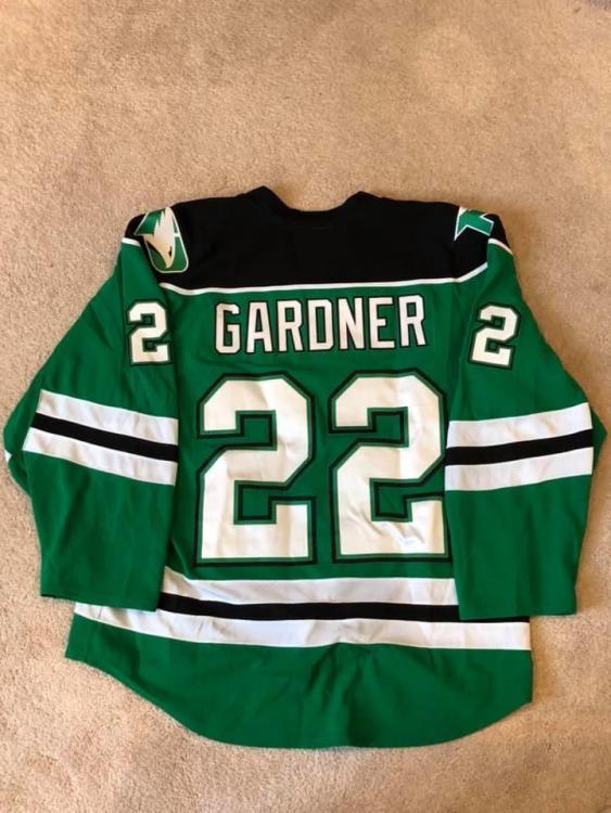 Gard Green Back.jpg